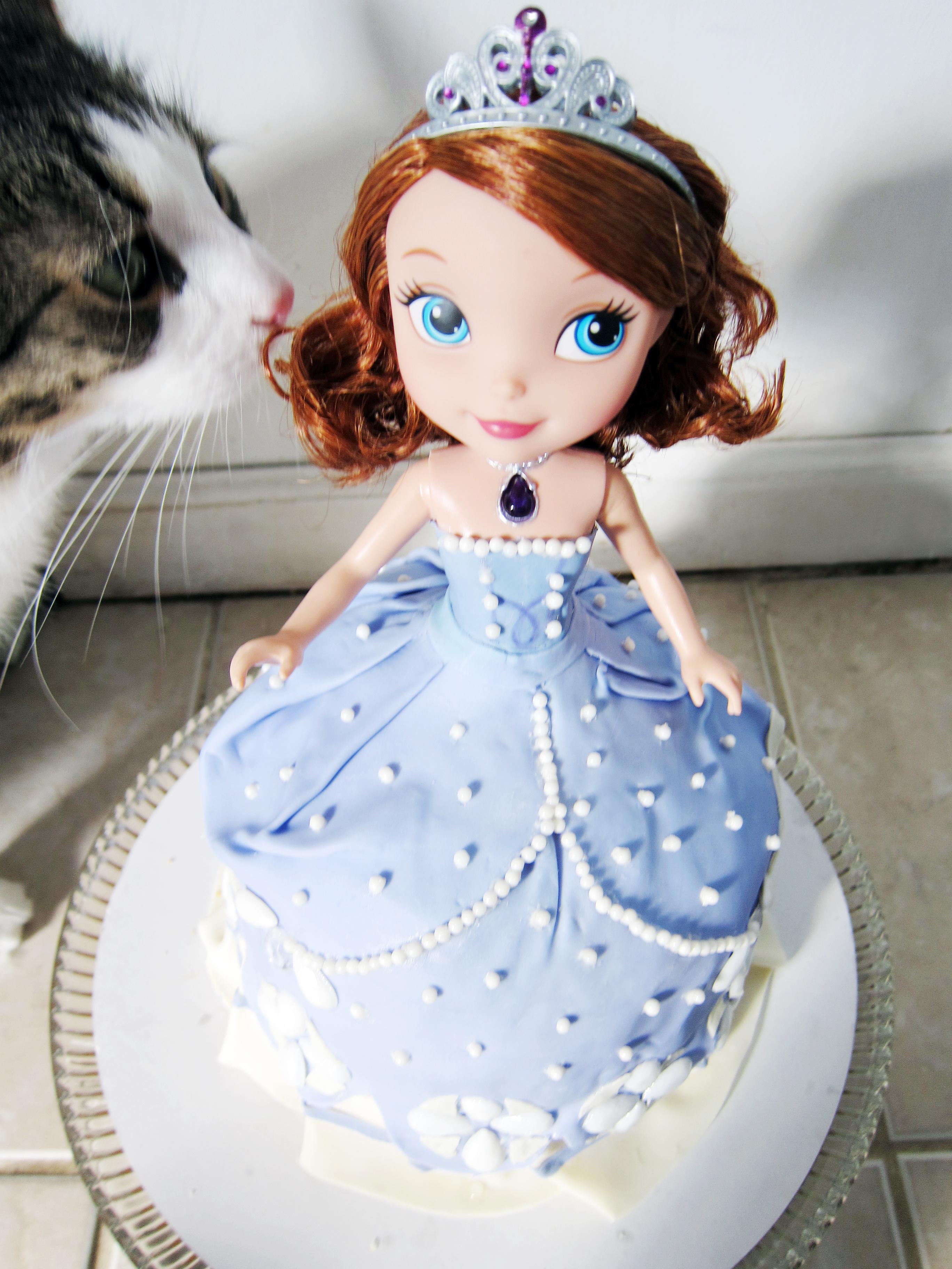Sofia The First Doll Dress Cake