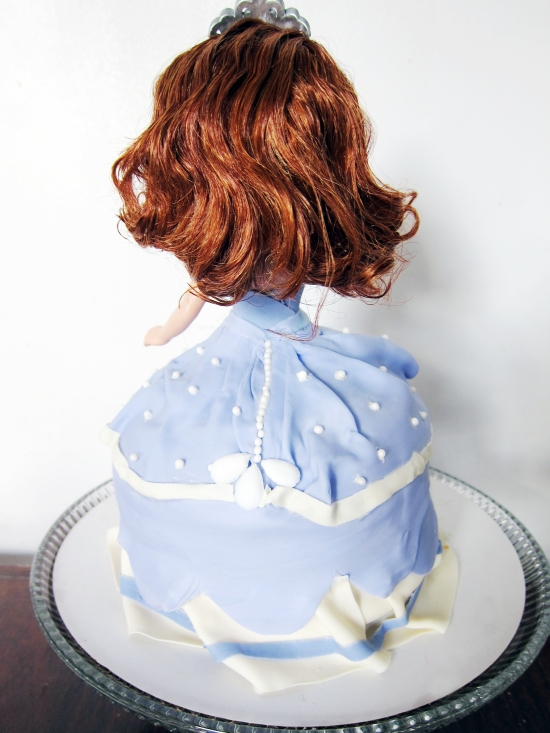 sofia the first doll cake 3