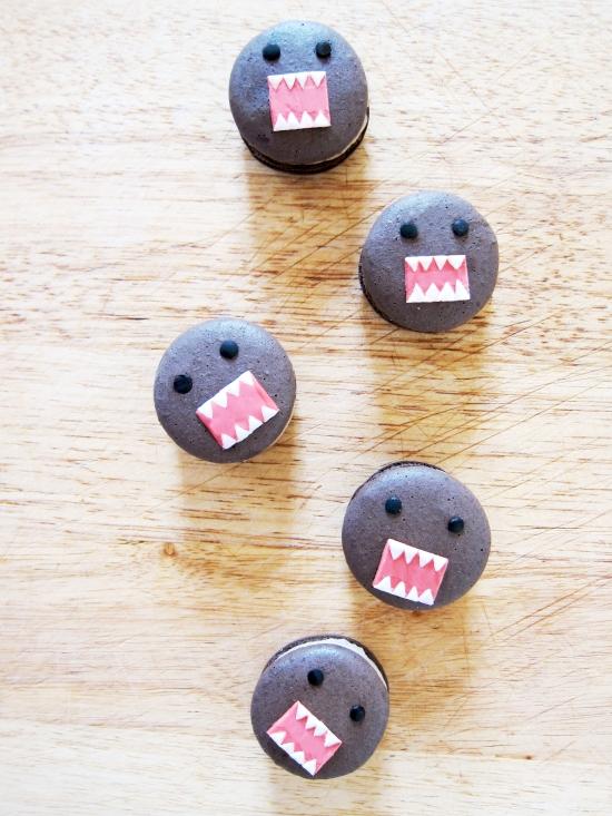 Domo Macarons (Chocolate Chestnut Macarons)