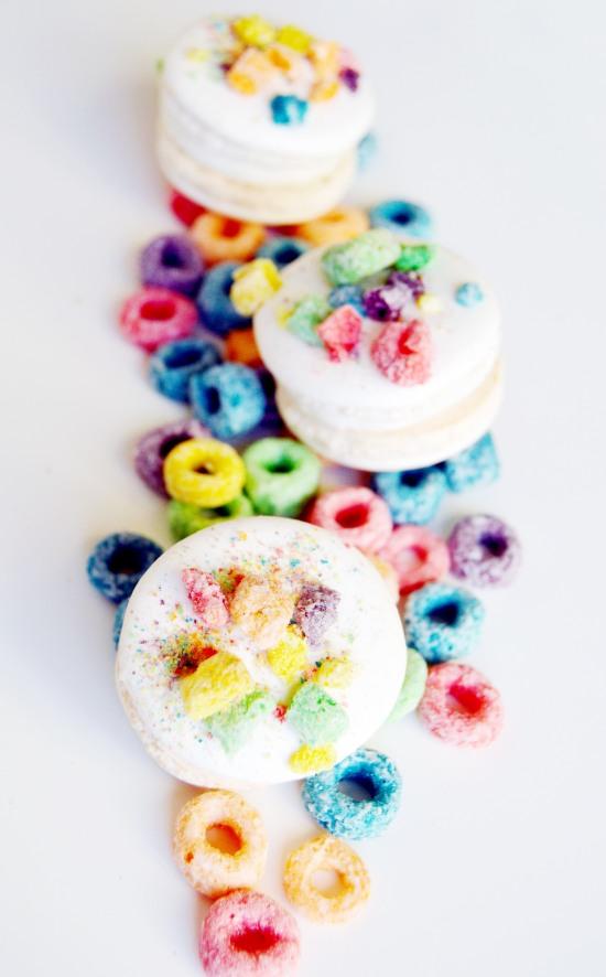 fruit loops macaron